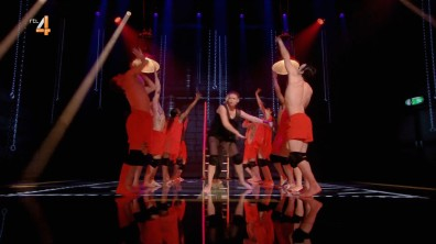 cap_Dance Dance Dance_20180915_1957_00_29_11_251