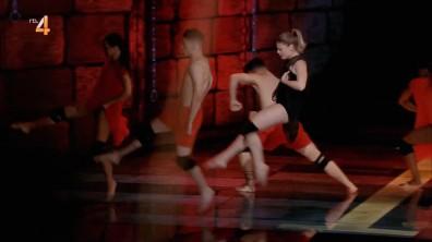 cap_Dance Dance Dance_20180915_1957_00_29_40_259