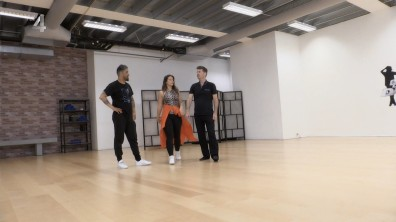 cap_Dance Dance Dance_20180915_1957_00_55_48_282