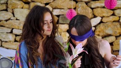 cap_ELVY'S WERELD - VOGUE GIRL GEUR CHALLENGE JILL & SARAH_00_03_25_105
