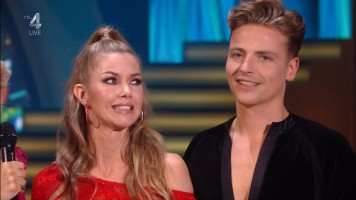 cap_Dancing With The Stars_20190907_1957_01_22_09_50