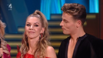 cap_Dancing With The Stars_20190907_1957_01_22_34_61