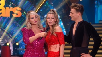 cap_Dancing With The Stars_20190907_1957_01_22_39_62