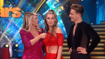 cap_Dancing With The Stars_20190907_1957_01_22_43_65