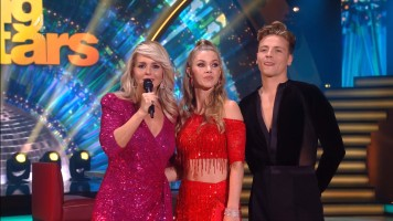 cap_Dancing With The Stars_20190907_1957_01_22_50_68