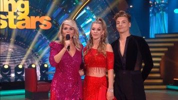 cap_Dancing With The Stars_20190907_1957_01_22_52_69