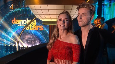 cap_Dancing With The Stars_20190907_1957_01_31_57_73