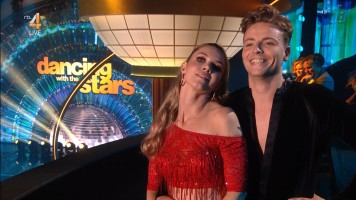 cap_Dancing With The Stars_20190907_1957_01_31_58_77