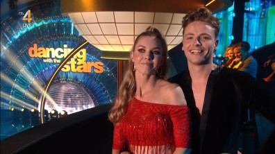 cap_Dancing With The Stars_20190907_1957_01_32_00_80