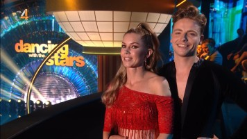 cap_Dancing With The Stars_20190907_1957_01_32_04_82