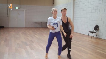 cap_Dancing With The Stars_20190907_1957_01_34_17_189