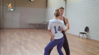 cap_Dancing With The Stars_20190907_1957_01_34_19_190