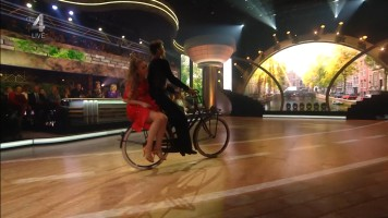 cap_Dancing With The Stars_20190907_1957_01_34_37_196