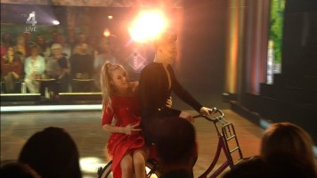 cap_Dancing With The Stars_20190907_1957_01_34_42_197