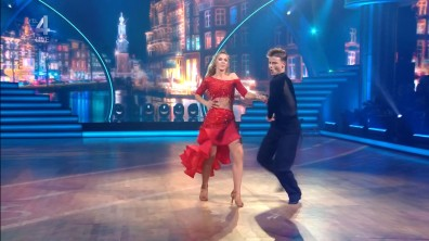 cap_Dancing With The Stars_20190907_1957_01_35_02_208