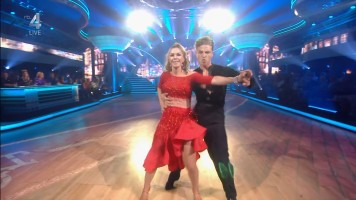 cap_Dancing With The Stars_20190907_1957_01_35_06_210