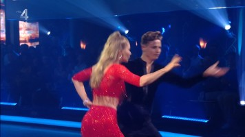 cap_Dancing With The Stars_20190907_1957_01_35_12_213