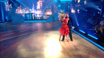 cap_Dancing With The Stars_20190907_1957_01_35_17_215