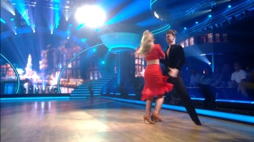 cap_Dancing With The Stars_20190907_1957_01_35_19_219