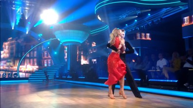 cap_Dancing With The Stars_20190907_1957_01_35_20_222