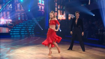cap_Dancing With The Stars_20190907_1957_01_35_33_233