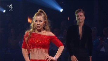 cap_Dancing With The Stars_20190907_1957_01_35_34_235