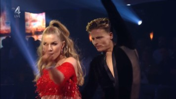 cap_Dancing With The Stars_20190907_1957_01_35_38_247