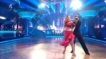 cap_Dancing With The Stars_20190907_1957_01_36_00_253