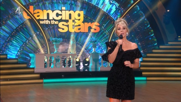 cap_Dancing With The Stars_20190914_1957_01_33_34_240